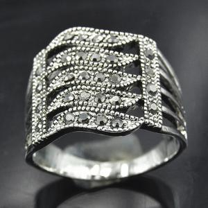 Rhinestone Hollowed Wave Ring - SILVER ONE-SIZE