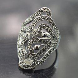 Rhinestoned Hollowed Butterfly Ring -