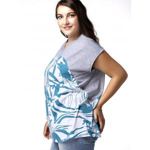 Plus Size Graphic V Neck T-shirt - GREY AND WHITE AND BLUE 3XL