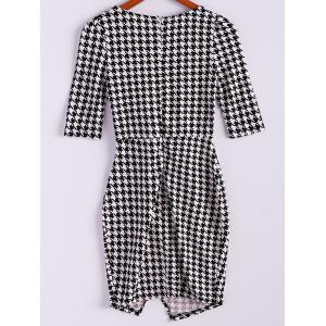 Vintage Plunging Neck Checked Half Sleeves Women's Bodycon Dress - BLACK M