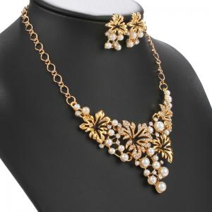 Rhinestone Faux Pearl Maple Leaf Shape Necklace and Earrings -