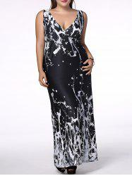 Plus Size Plunging Neck Scrawl Print Dress