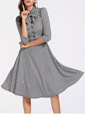 Fashion Stylish 3/4 Sleeve Bow Tie Collar Buttoned Women's Plaid Dress WHITE AND BLACK M