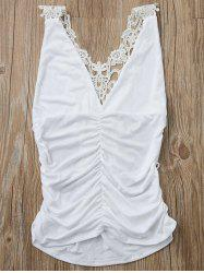 Sexy Plunging Neck Sleeveless Solid Color Cut Out Women's Tank Top - WHITE