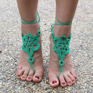 Pair of Vintage Solid Color Floral Woven Sandal Toe Ring Anklet - GREEN