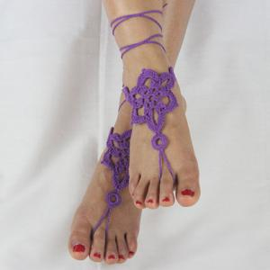 Pair of Vintage Solid Color Floral Woven Sandal Toe Ring Anklet - Purple