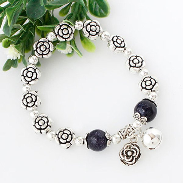 Vintage Rose Beads Bracelet For WomenJEWELRY<br><br>Color: SILVER; Item Type: Charm Bracelet; Gender: For Women; Chain Type: Beads Bracelet; Style: Trendy; Shape/Pattern: Floral; Weight: 0.060kg; Package Contents: 1 x Bracelet;
