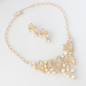 A Suit of Fake Pearl Flower Necklace and Earrings -