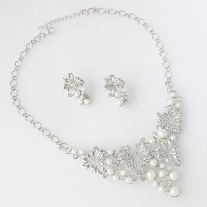 A Suit of Fake Pearl Flower Necklace and Earrings - SILVER