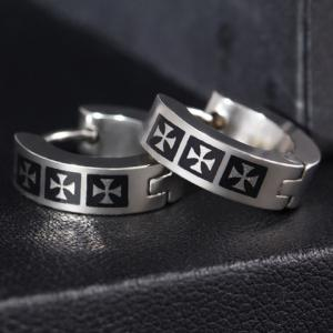 Pair of Stylish Gothic Style Crossover Pattern Hoop Earrings -