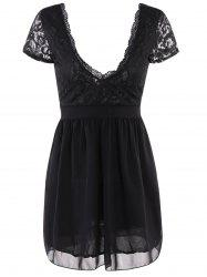 Plongeant Sexy cou à manches courtes Spliced ​​See-Through Dress - Noir