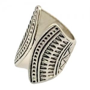 A Suit of Ethnic Engraved Rhinestone Rings -