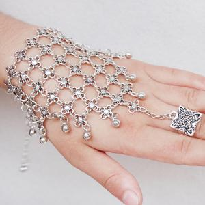 Gorgeous Layered Engraved Floral Bracelet With Ring For Women - SILVER