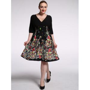 Plus Size Plunging Half Sleeve Floral Skater Dress - Black - 2xl