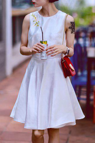 Chic Beaded Solid Color Sleeveless Dress