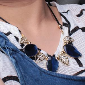 Faux Crystal Rhinestone Cut Out Leaf and Beads Necklace - DEEP BLUE