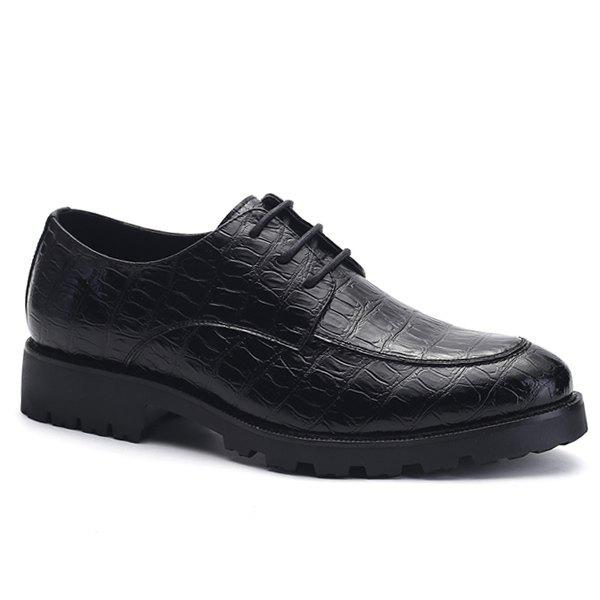 Affordable Fashionable Black and Embossing Design Formal Shoes For Men
