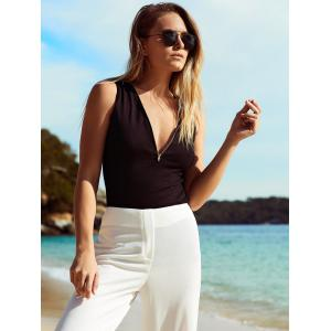 Chic Plunging Neck Zipper Design Solid Color Women's Tank Top -