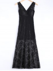 Alluring Plunging Neck Bodycon Lace Dress -
