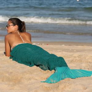 Simple Style Ombre Color Knitting Mermaid Shape Blanket - GREEN