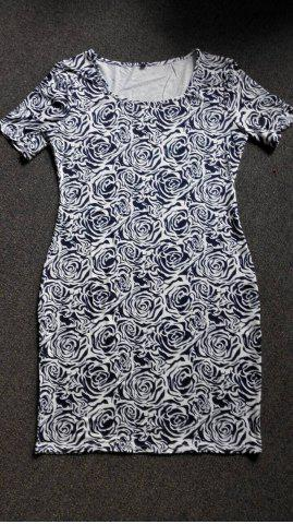 Latest Charming Short Sleeve Abstract Floral Print Skinny Women's Dress