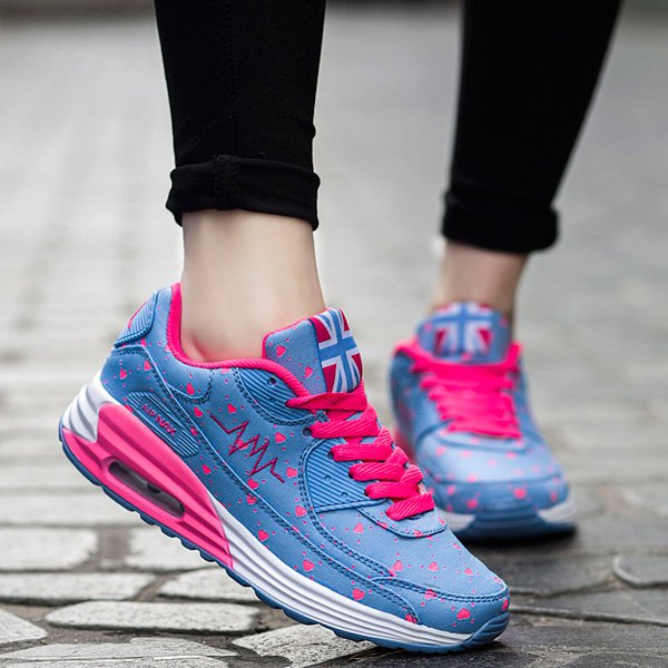 Outfits Stylish Tie Up and Heart Print  Design Athletic Shoes For Women