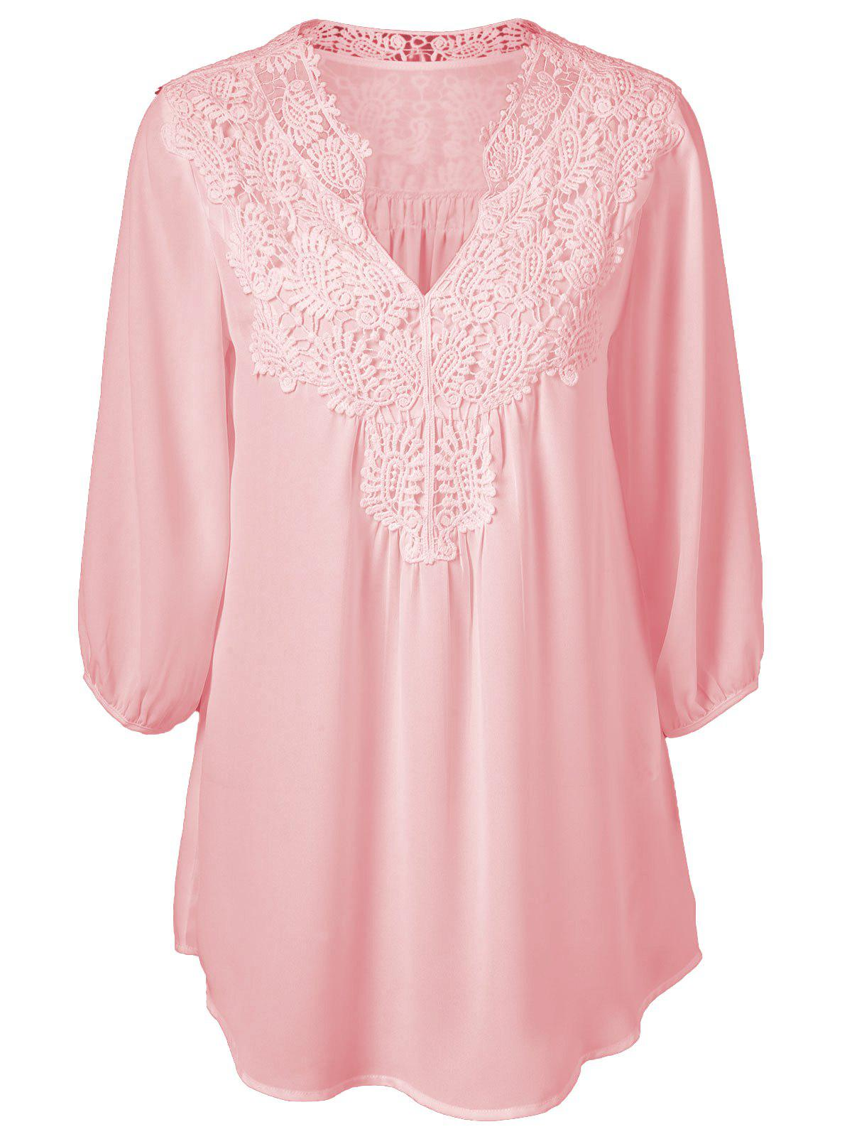 Plus Size Sweet Crochet Spliced Tunic BlouseWOMEN<br><br>Size: 2XL; Color: PINK; Material: Polyester; Shirt Length: Long; Sleeve Length: Three Quarter; Collar: V-Neck; Style: Casual; Season: Summer; Pattern Type: Patchwork; Weight: 0.2310kg; Package Contents: 1 x Blouse;