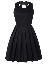 Pure Color Back Bowknot Hollow Out Pleated Dress - BLACK M