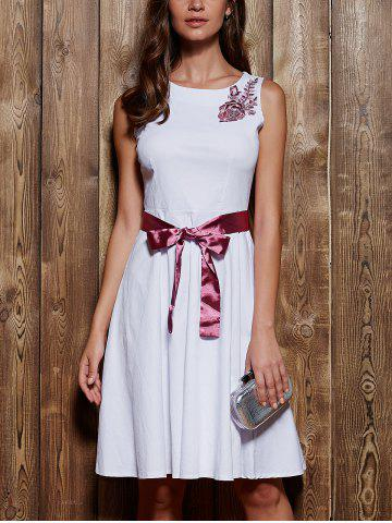 Chic Round Neck Sleeveless Embroidered Bowknot Dress