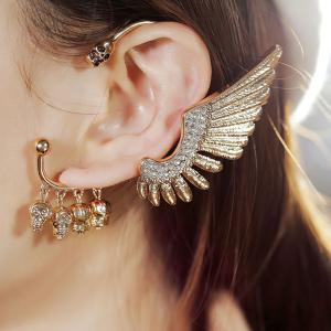Rhinestone Wing Skull Decorative Ear Cuff