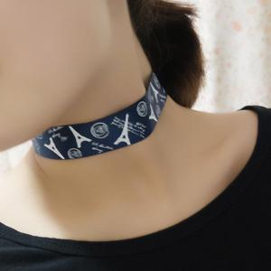 Eiffel Tower Pattern Choker Necklace -