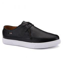Letter Textured Leather Casual Shoes -