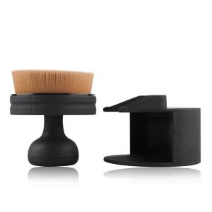 Stamper Shape Nylon Foundation Brush - BLACK