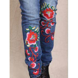 Slimming Flower Embroidered Bleach Wash Jeans -
