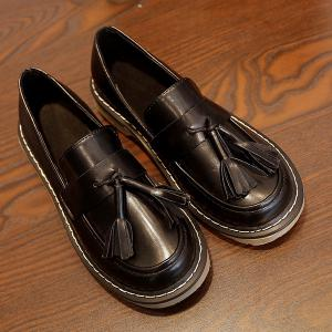 Vintage Round Toe Tassel Flat Shoes - Black - 39