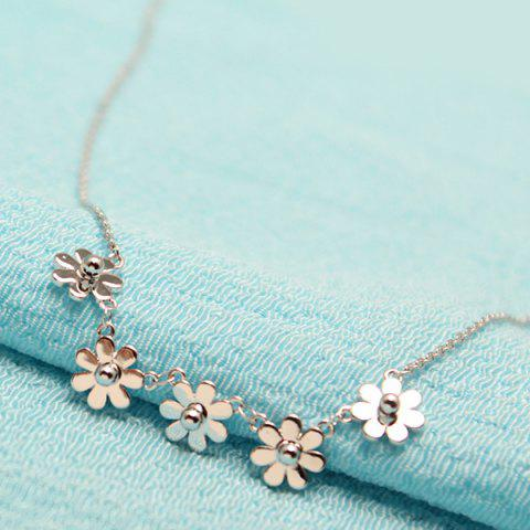 Latest Little Flowers Decorative Pedant Necklace