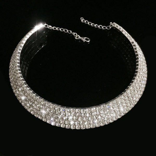 Alloy Rhinestoned Wedding Jewelry Choker NecklaceJEWELRY<br><br>Color: SILVER; Item Type: Chokers Necklace; Gender: For Women; Style: Noble and Elegant; Shape/Pattern: Others; Weight: 0.070kg; Package Contents: 1 x Necklace;