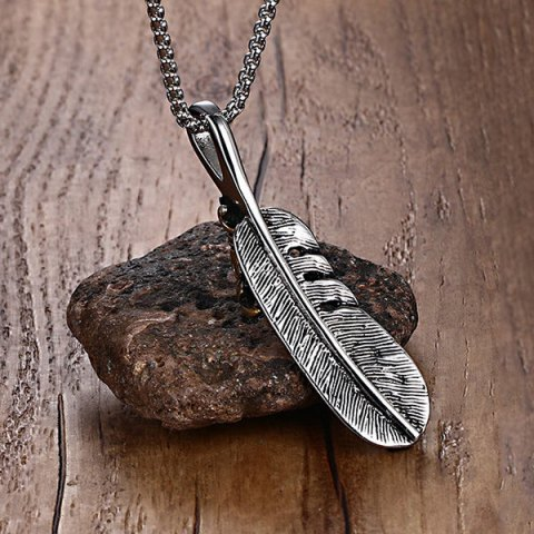 Affordable Burnished Falcon Talon Feather Necklace - SILVER GRAY  Mobile