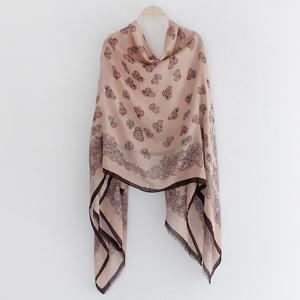 Retro Flowers Pattern Fringed Edge Shawl Scarf -
