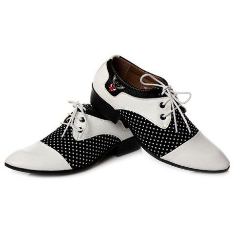 Affordable Tie Up Splicing Metal Formal Shoes - 43 WHITE AND BLACK Mobile