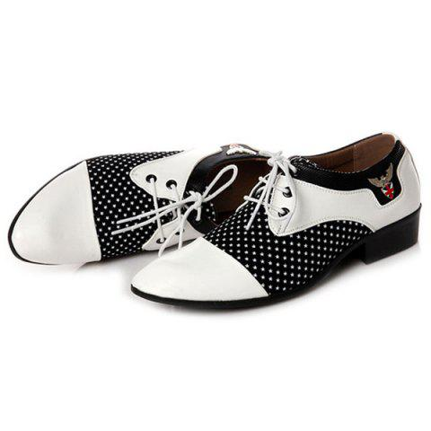 Hot Tie Up Splicing Metal Formal Shoes - 43 WHITE AND BLACK Mobile