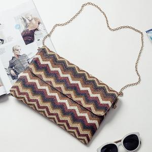 Color Splicing Zigzag Pattern Chain Clutch Bag -