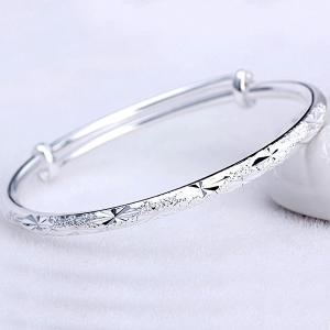 Silver Plated Embossed Baby Breath Bracelet - SILVER