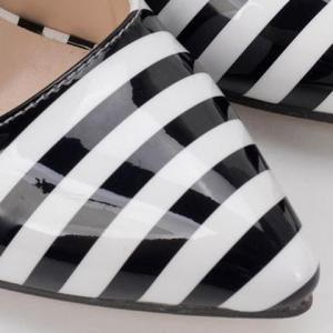 Color Block Striped Pattern Patent Leather Pumps - WHITE/BLACK 39