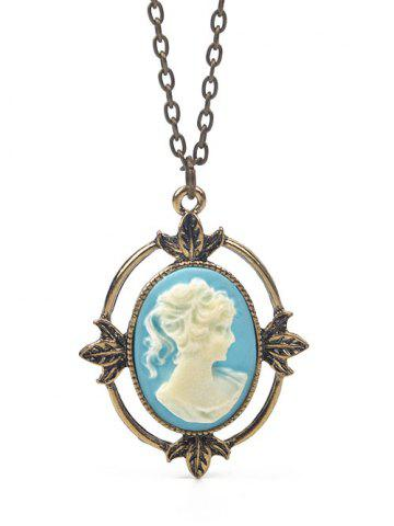 Discount Leaf Emboss Queen Oval Pendant Necklace WHITE