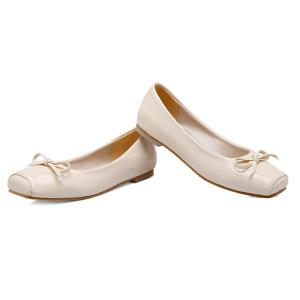 Patent Leather Square Toe Bowknot Flat Shoes - OFF WHITE 43