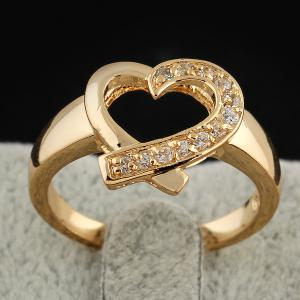 Rhinestone Love Heart Ring - Golden - One-size