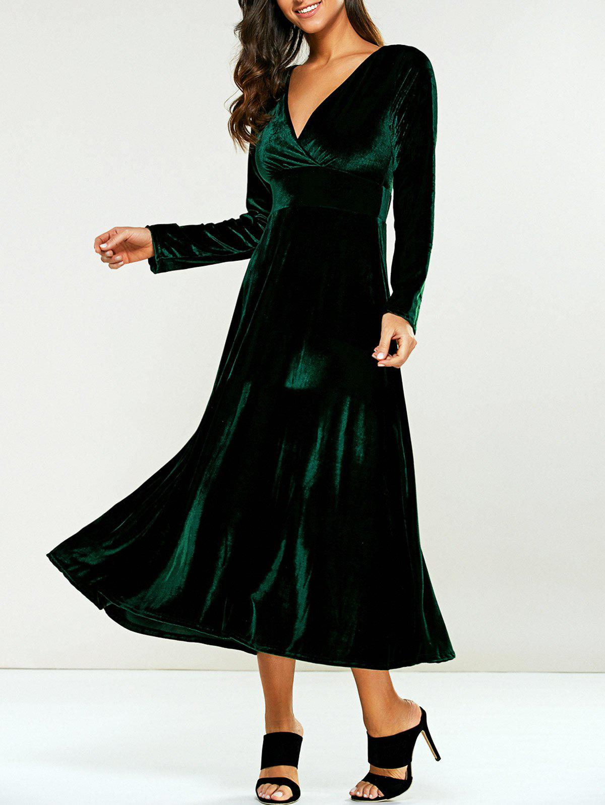 Surplice Velvet Tea Length Long Sleeve DressWOMEN<br><br>Size: 2XL; Color: GREEN; Style: Casual; Material: Polyester; Silhouette: A-Line; Dresses Length: Mid-Calf; Neckline: V-Neck; Sleeve Length: Long Sleeves; Pattern Type: Solid; With Belt: No; Season: Fall,Spring; Weight: 0.570kg; Package Contents: 1 x Dress;