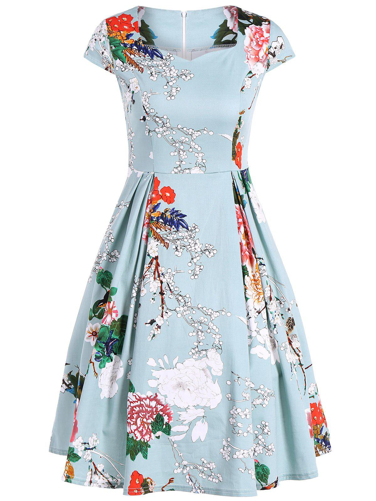 Vintage Swing Sweetheart Neck Floral Print DressWOMEN<br><br>Size: 2XL; Color: LIGHT GREEN; Style: Vintage; Material: Polyester; Silhouette: A-Line; Dresses Length: Knee-Length; Neckline: Sweetheart Neck; Sleeve Length: Short Sleeves; Pattern Type: Floral; With Belt: No; Season: Summer; Weight: 0.370kg; Package Contents: 1 x Dress;