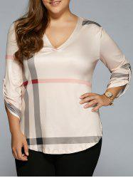 V Neck Plaid Plus Size T-Shirt -